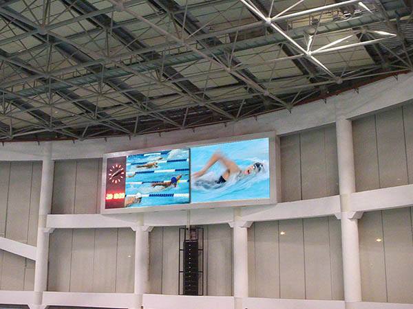 Swimming pool LED video wall
